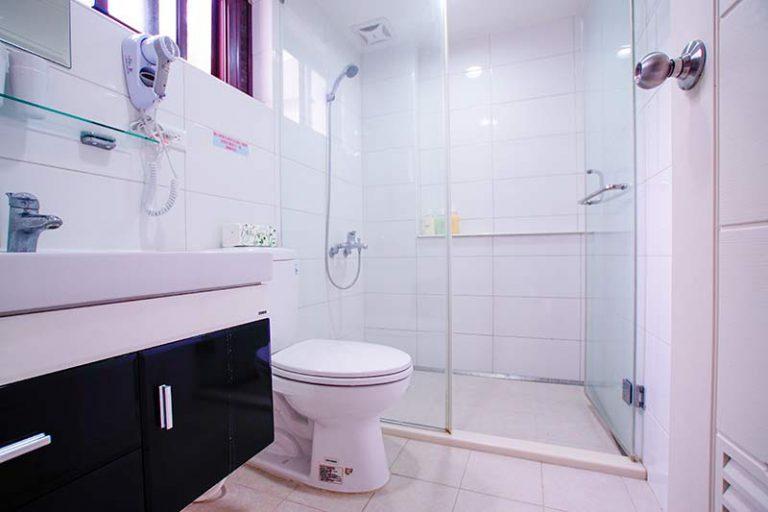 102衛浴